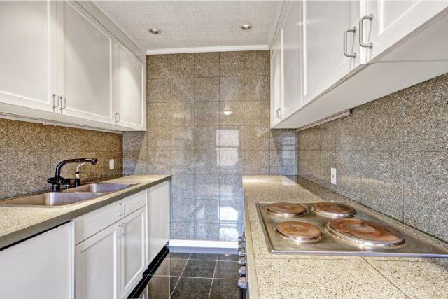 Hillsboro Custom Kitchen Tile Design
